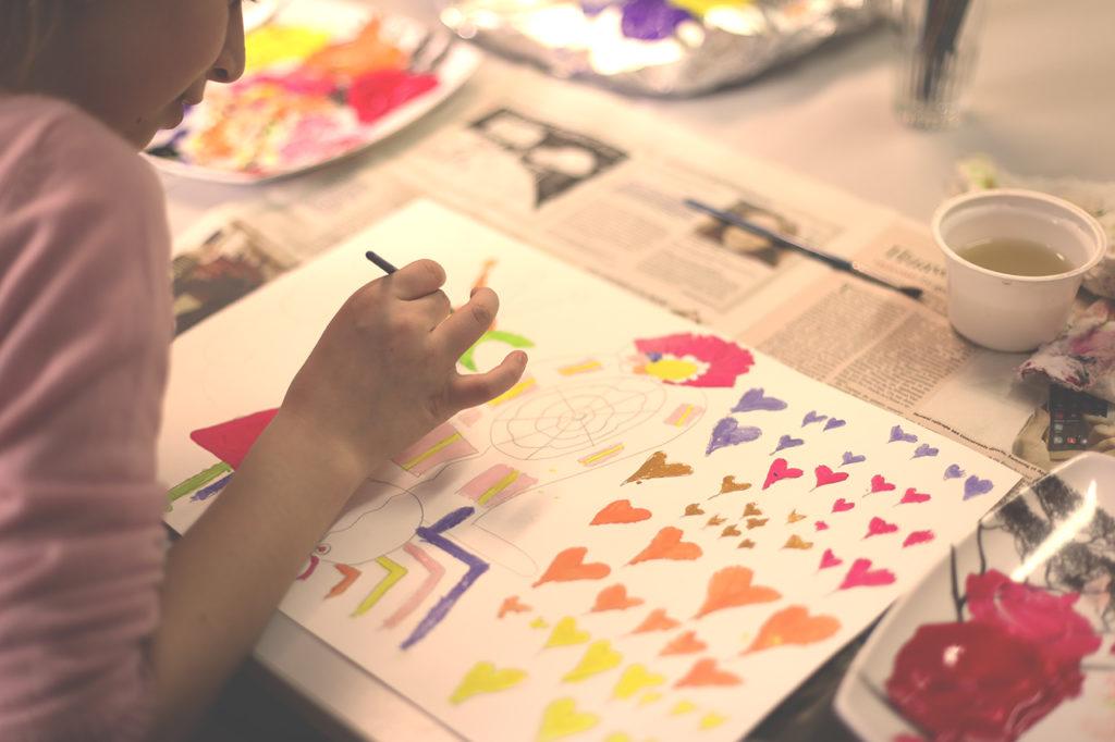 Stages Pâques 2017 - Peinture -Les Ateliers de l'escalier - Centre d'Expression et de Créativité à Soignies